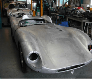 D-type jaguar replica