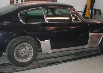 Aston Martin new sills