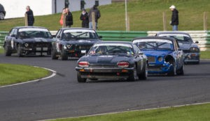 simon Dunford leads at Mallory Park